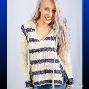 Love stitch hooded crocheted sweater